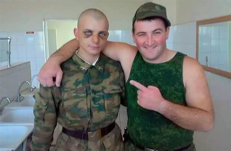 На Сахалине избитый дембелем солдат неделю прослужил с разрывом селезенки